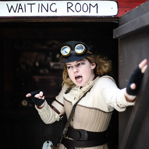 Theatre practitioners open sessions